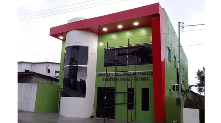 Prédio da Secretaria de Trabalho e Inclusão Social recebe últimos preparativos para inauguração