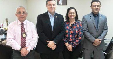 JOSEFINA ARTICULA COM DELEGADO-GERAL MAIS EMISSÃO DE CARTEIRA DE IDENTIDADE E NOMEAÇÃO DE DELEGADO PARA MONTE ALEGRE