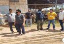 PREFEITO VISTORIA PARTE DO MATERIAL QUE SERÁ USADO NA CONSTRUÇÃO DA PONTE SOBRE O RIO JAUARI